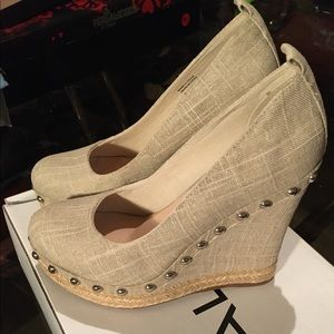 New Aldo Sparkly Linen Wedges with Stud Detail